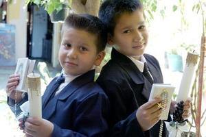 Misael y Raúl Arias Mayorga, realizaron su Primera Comunión en días pasados.