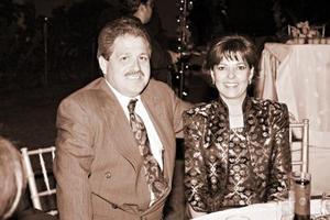 Eduardo García y Ana Lucía C. de García, en reciente festejo