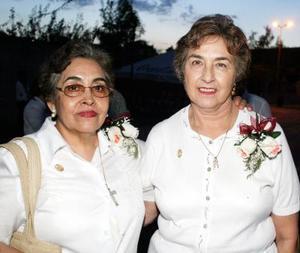Abigail Elizalde y Esperanza Torres.