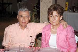 <b>21  de junio </b><p> Saúl Gómez y Beatriz de Gómez