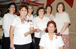 Isabel Villarreal, Rosy de Murra, Ana María Tumoine, Tere Hijar, Martha Cabrera, Blanca Alicia y  Conchita Morales .