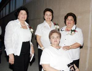 Victoria Acosta, Vivi de la Peña, Angelina  Aguado y Lety de Ávalos.