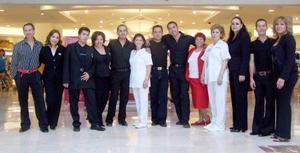 <b>22 de  junio</b><p>  Reconocidos maquillistas participan en la Muestra Internacional de la Belleza, que inició el lunes pasado y termina el tres de julio.