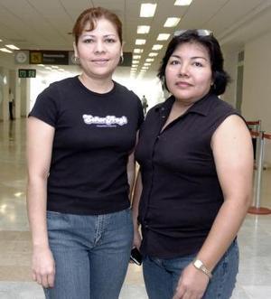 Carmen Rojas y Martha Luján viajaron a Ixtapan de la Sal.
