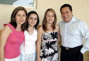 Luz Palomares, Frine Galván Miriam Sordo y José Luis Vela.