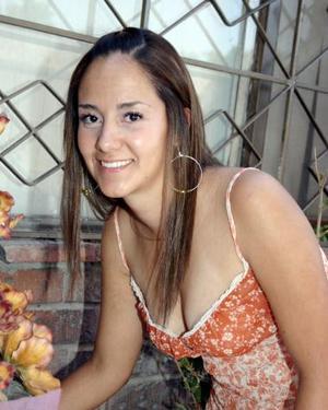 Ana del Carmen Arias Ramírez, captada en su despedida de soltera.