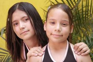 Arantxa  Andrea y Luisa René Esparza Ruiz