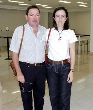 Carlos Treviño y Miriam Tricio viajaron al Distrito Federal.