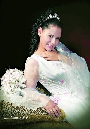 Srita. María Guadalupe Marín Cárdenas celebró sus quince años de vida con una misa de acción de gracias en la parroquia de San Judas Tadeo.jpg