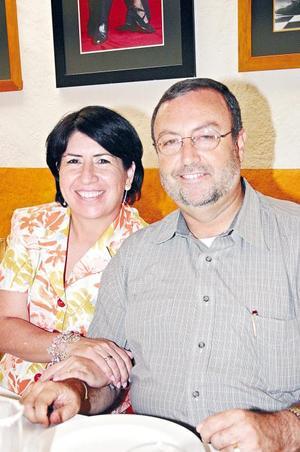 Bertha y Gerardo Martín