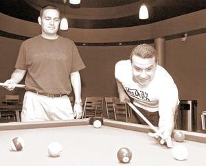 <b>25 de junio </b><p> Víctor Ochoa y Marco Rosales.