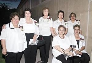 Leticia L. de Ávalos, Silvia Weber, Abigail Elizalde, Luz Elena Aguilar, Victoria Acosta, Esperanza Torres y Bibis de la Peña.