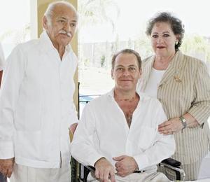 Fernando Mafud Santiago, Myrna Kaim de Mafud y Fernando Mafud Kaim.