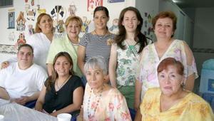 Rosy Sáenz de Hernández, Imelda de Valdés, Irma Uribe, Edith de Cuevas, Meme García, Pamela Palacios y Sandra de Guzmán.