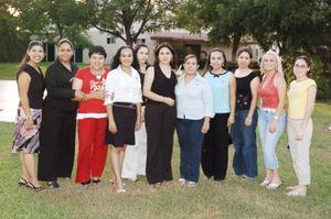 Sara Marcela López estuvo acompañada en su despedida de soltera de amigas.