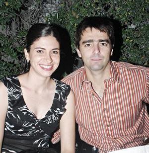 Laura Batarse y José León Salazar.