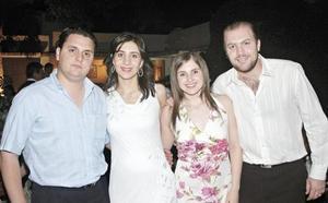 Arturo Mijares, Sofía Papadópulos de Mijares, y los padrinos de María Emilia, Alejandra Murra de Papadópulos y Miguel Papadópulos Murra.