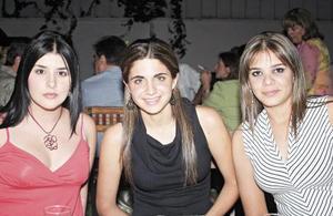Verónica Murra, Alejandra Batarse y Lulú Murra.