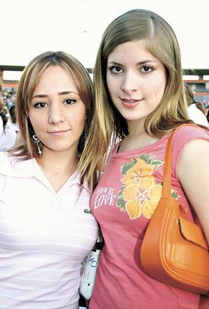 Ivonne Zurita y Paola Vargas.