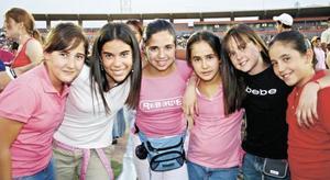 Nanis Dueñes, Gene Murra, Tite Estrada, Cristina Murra, Ana Lucia Rodríguez y Maribel Martinez.