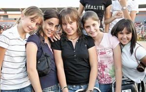 <I>RBD en Torreón</I><P> Eva, Monica, Gaby, Marifer y Ana.
