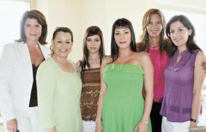 Susana González, Lety Herrera de Lozano, Bárbara Lozano Herrera, Carla Lozano de Burillo, Susana Burillo de Villanueva  y Paty C. de Burillo