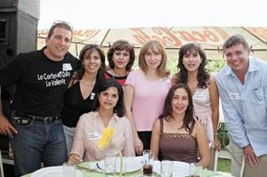 Paco Garza Tijerina, Ana Cristina García, Claudia Iga, Laura Arriaga, Cristy Izaguirre, Andrés Arriaga, Cristy Giacomán y Diana Murillo