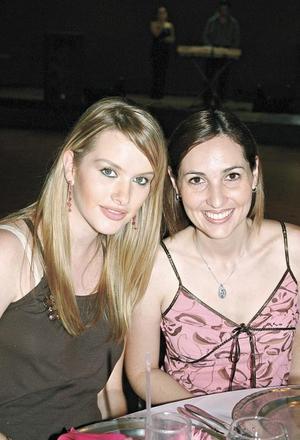 Karla Villarreal de Salazar y Mariana Martínez de Portilla