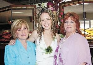 Mary Nelly Knight de Fernández, Nelly Fernández Knight y Patricia Murra de Villarreal