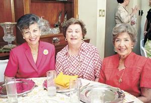 Nena Suárez. de Garza, Carmen Martínez de Martínez y Martha Wolff de Saldaña