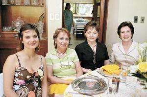 Ana Isabel Fernández Sirgo, Rosa Alicia Valdés Prida, Angelina Garza de Madero y Cristina Sirgo de Fernández Aguirre