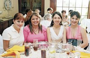 Liliana Fernández Murra, Gabriela Fernández de Treviño, Bárbara Mijares Campa y Cecilia Fernández de Garza