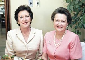Cristina Sirgo de Fernández Aguirre y Lucía Fernández Aguirre de López