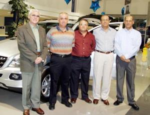 Apolo Flores, Alberto Humphrey, Óscar Russek, José Sánchez y Guillermo Murra.