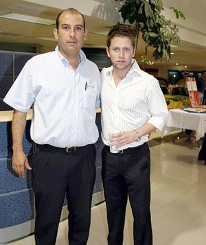 Jaime Hernández y Guillermo Murra.