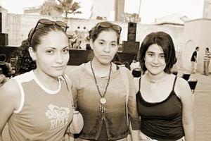 Olga Zurita, Carmen Marycarmen Rodríguez e Isabel Morales.