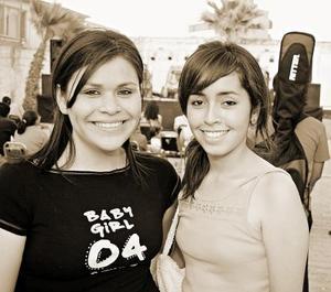 Sandra González y María Fernández.