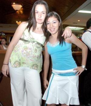 <b>26 de junio </b><p> Daniela Contreras y Mavhis Mendoza.