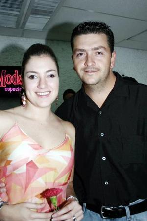 <b>26 de junio</b><p> Paola y Alejandro Veyán.