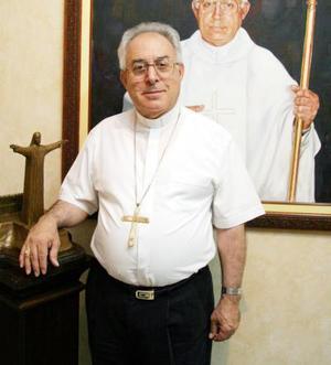 Hace 40 años que el obispo de Torreón, don José Guadalupe Galván Galindo recibió la ordenación sacerdotal, acontecimiento que celebrará con una misa de acción de gracias.