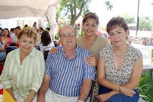 <b>28  de junio </b><p> Pinita del Río, Ángel y Alejandra Fernández y Sandra del Río.