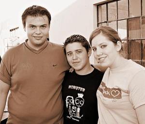 Roberto Carlos Rangel,  Paloma y Gabriel Ibarra.