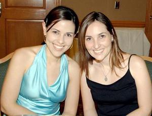 <b>28 de junio </b><p>  Mónica de Villalobos y Mariana de Portilla.