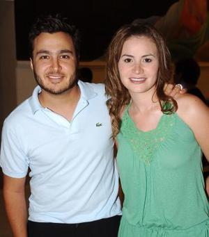 <b>27 de junio</b><p> Jesús Bitar y Sandra.