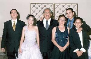 Dulce Victoria celebró su cumpleaños, en compañía de sus padres, Roberto Carrillo y Concepción Balderas Carrillo, y de sus hermanos Roberto Carlos y Alejandro.