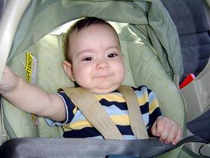 Carlo Ortiz Martínez, en un paseo dominical; es hijo de Carlos Ortiza Acosta y Soledad de Ortiz.