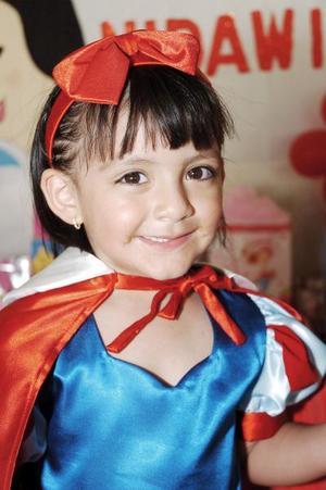 Ana Nidawi Caldera Solís, en su fiesta por su tercer cumpleaños.