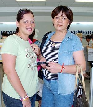 Estela Rivas Y Alejandra Luévanos viajaron a la Ciudad de México.