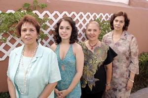 Gabriela de Mcanally, Alicia Salas Miranda y Bertha Martínez de Madero le ofrecieron una despedida de soltera a Martha Gabriela Mcanally García, por su próximo enlace matrimonial.