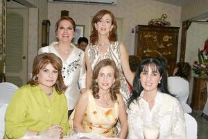 Monis de Bitar, Ivonne de Dávila, Linda de Zarzar, Gabriela de Herrera y Katia de zarzar.